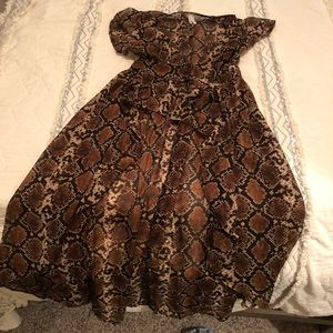 Tops - Boutique Snake Print Duster